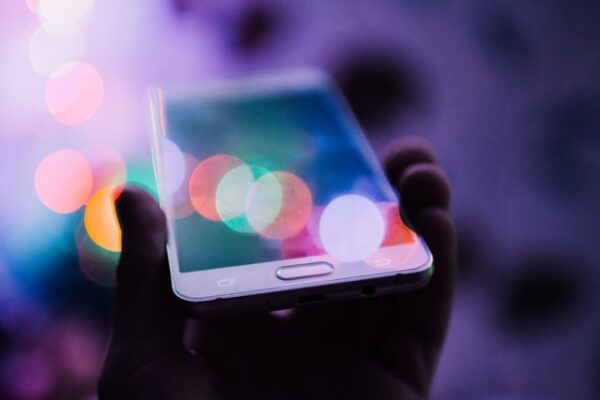 Mobile, native ads key to growth in Asia